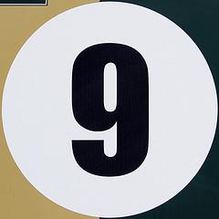 Neuf calouan a la langue pendue for Signification du chiffre 13